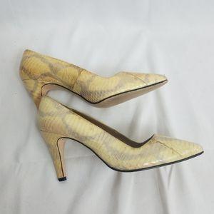 VTG 90S Jennifer Moore snakeskin pumps/heels